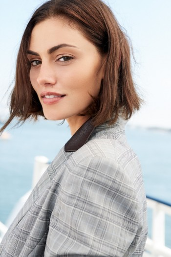 Phoebe Tonkin - Warner Bros Entertainment